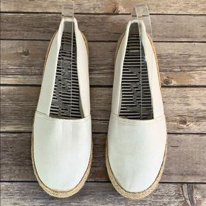 Traffic White Canvas Espadrille Slip Ons size 9